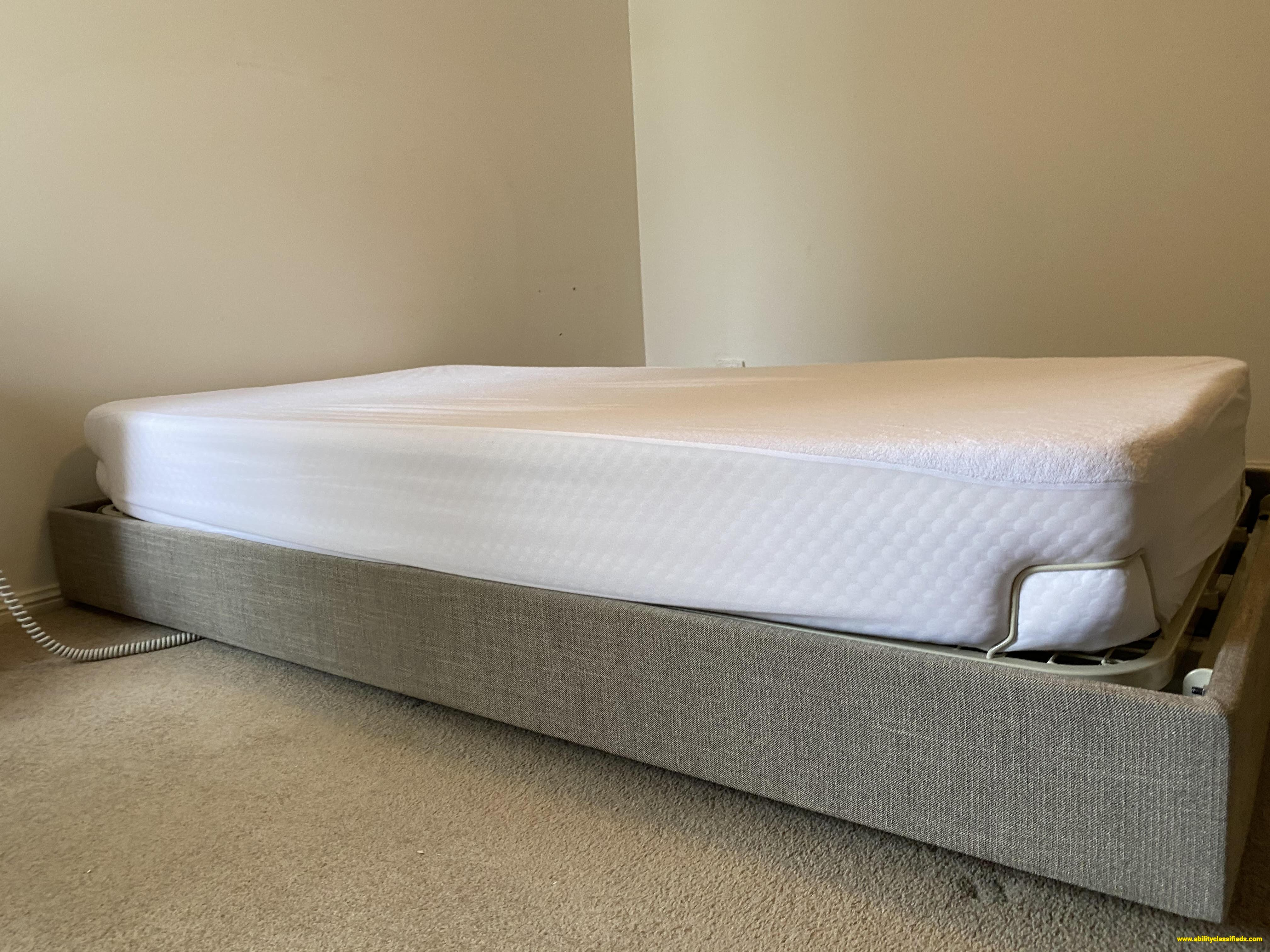 I-Care IC333 Adjustable Bed
