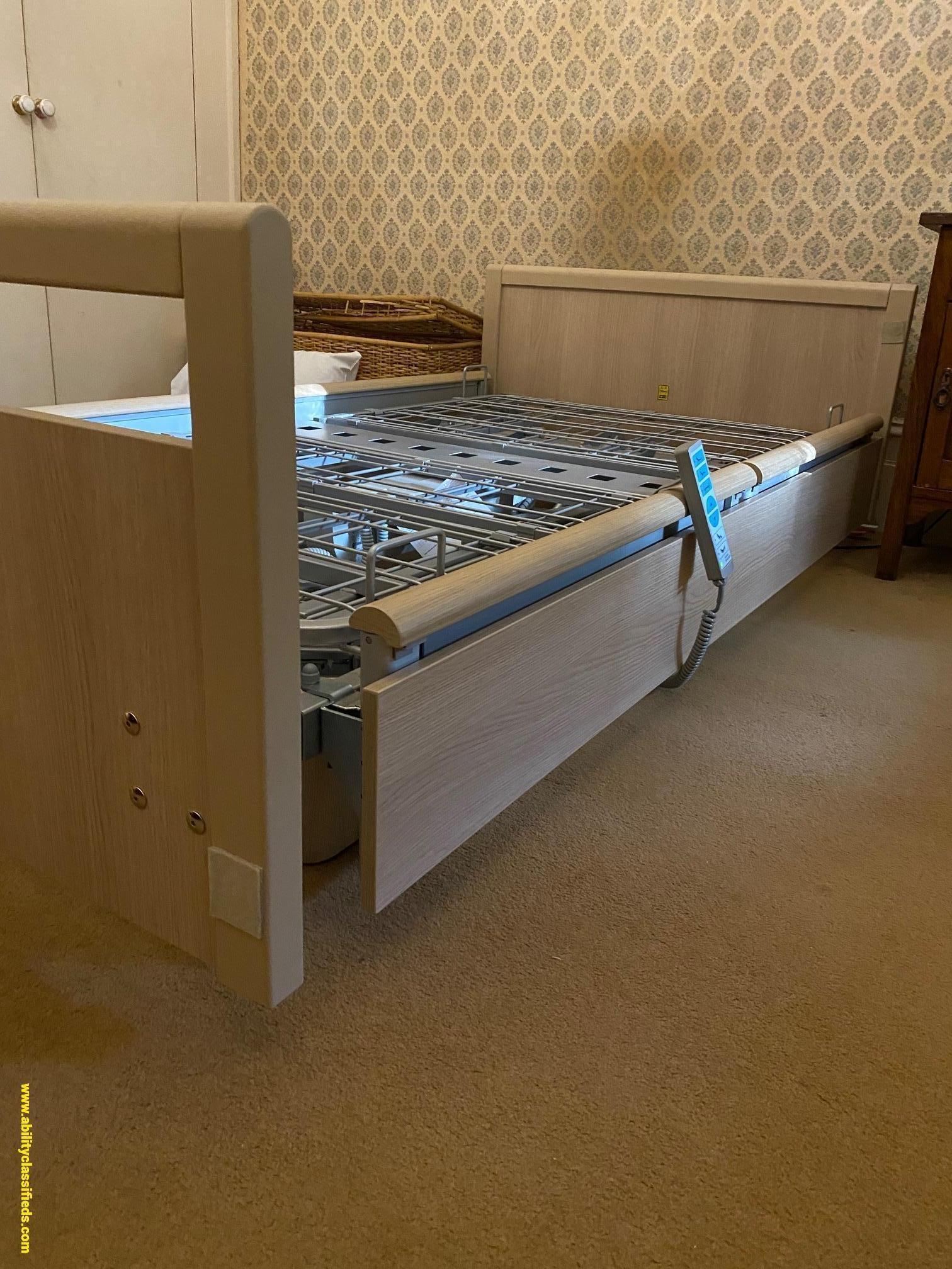 Sendida 5 king single hospital style electric bed