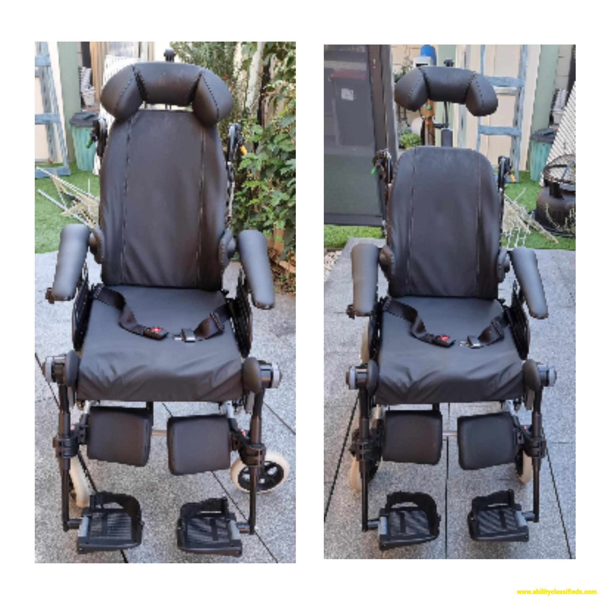 Rea Azalea Assist - passive wheelchair